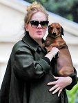 Nova foto de Adele vaza na internet;